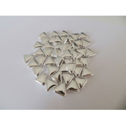 Αργυροκούφετα μνημοσύνου σχέδιο τρίγωνο 200 τεμάχια